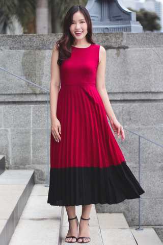 Mercier Pleated Dress (Red)