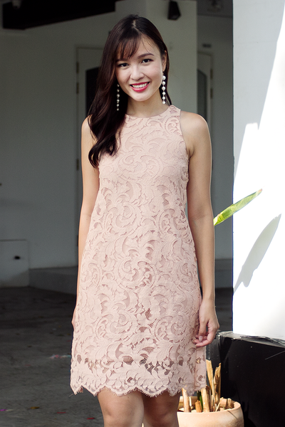 Deanne Lace Dress (Blush Peach)