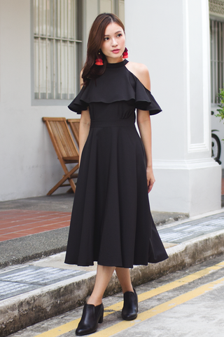 Kasie Flutter Midi Dress (Black)