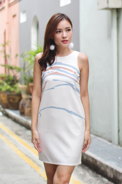 Lise Abstract Shift Dress