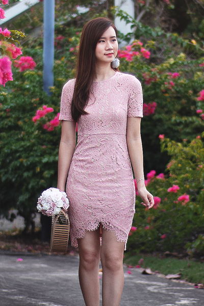 Yves Lace Dress (Blush)