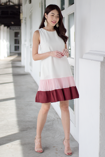 Tessine Pleated Colourblock Dress