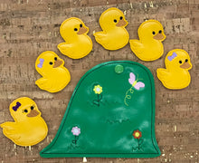 Load image into Gallery viewer, Finger Puppets - 5 Little Ducks