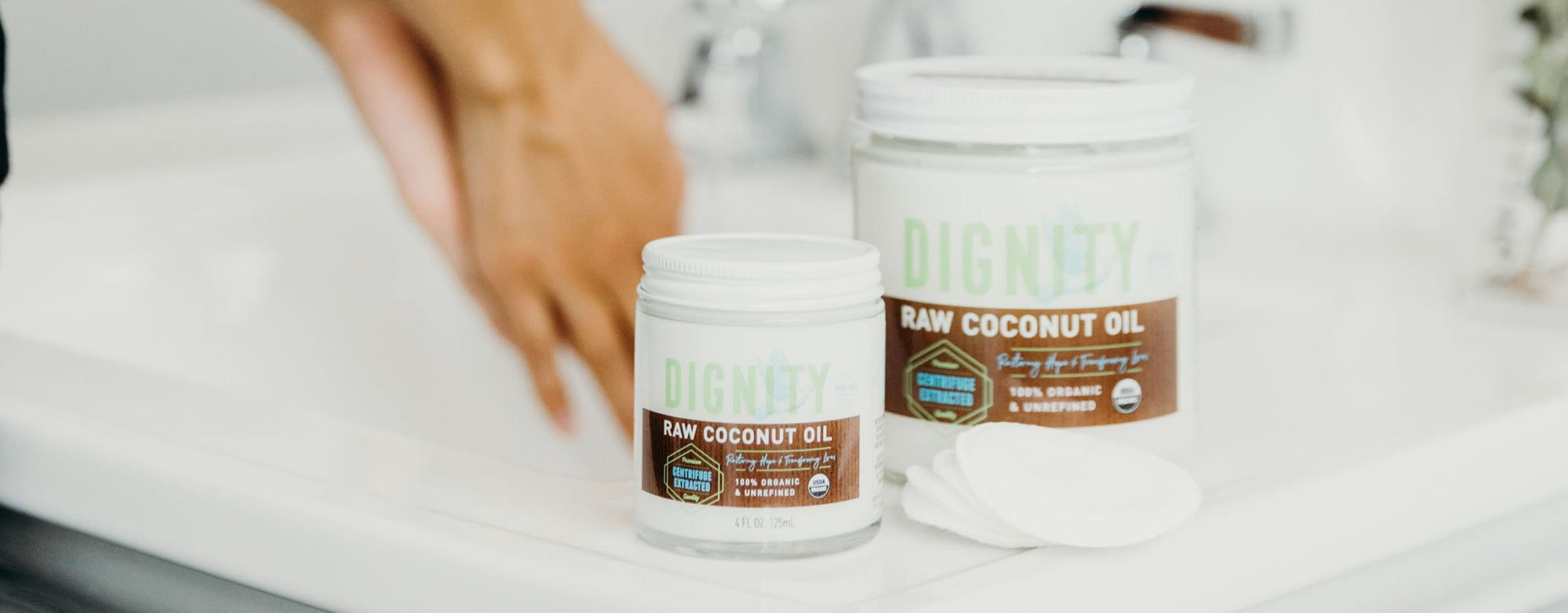 Coconut Oil is the NEW Makeup Remover