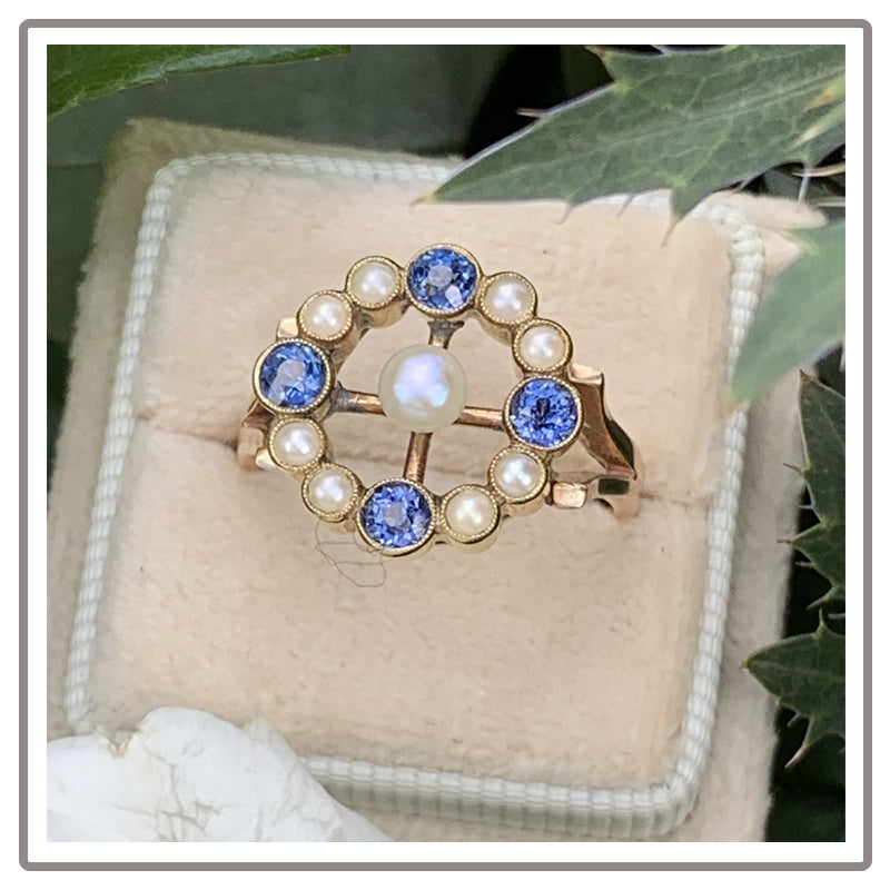 Antique Pearl and Sapphire Ring in 18K Yellow Gold