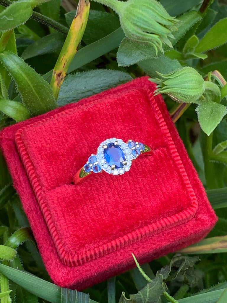 Beautiful Sapphire and Diamond Ring