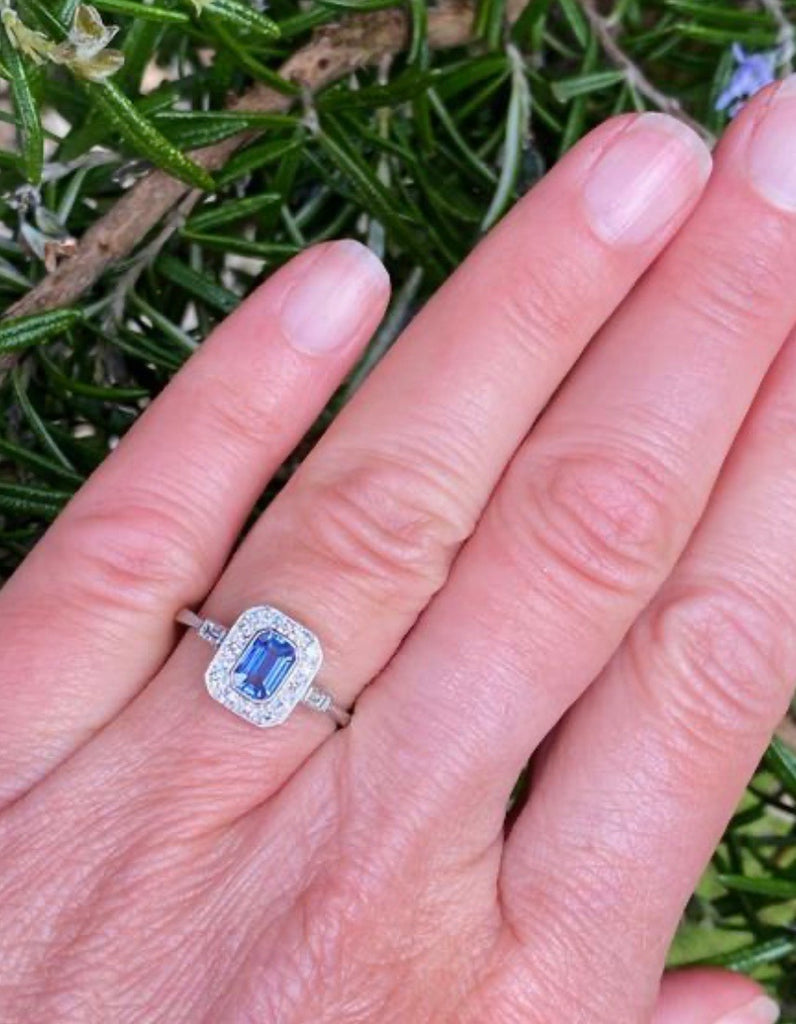 0.75 Carat Blue Ceylon Sapphire and Diamond Art Deco Ring in Platinum