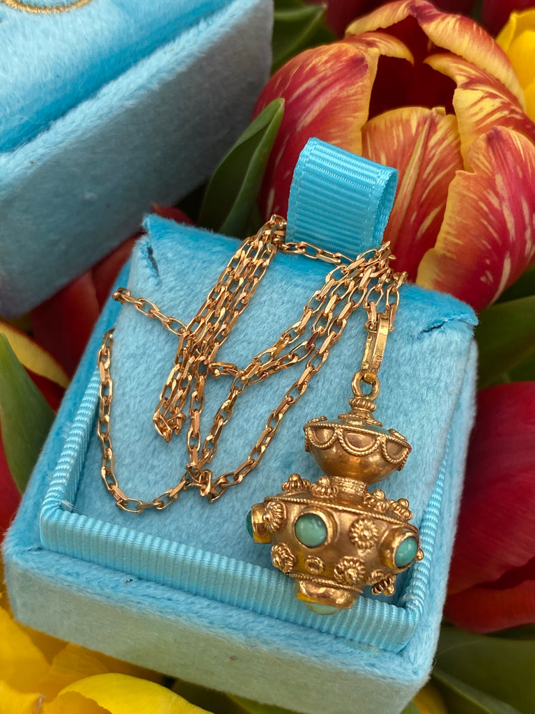 Vintage Cabochon Turquoise Lantern Necklace in 18ct Yellow Gold