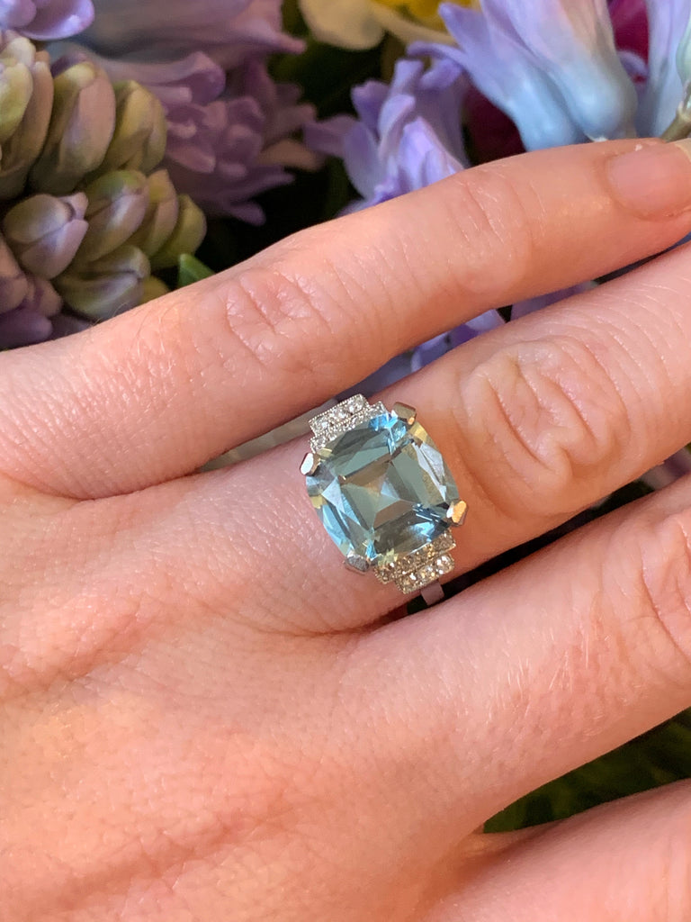 5.50 Carat Cushion-Cut Aquamarine and Diamond Art Deco Ring in Platinum