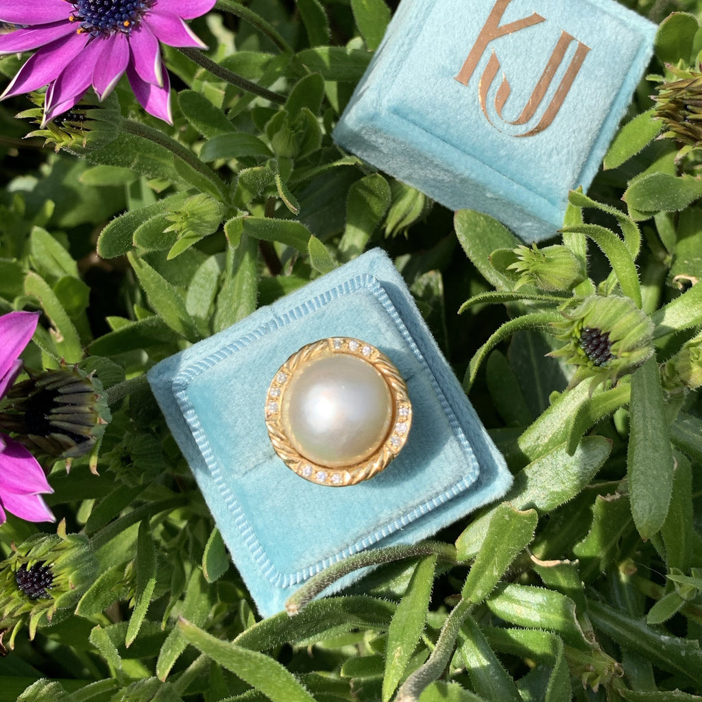 Mabe Pearl and Diamond Ring in 18K Yellow Gold
