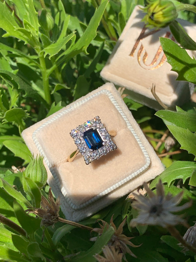 Antique 2.00 Carat Sapphire and Diamond Ring in 18K Gold and Platinum