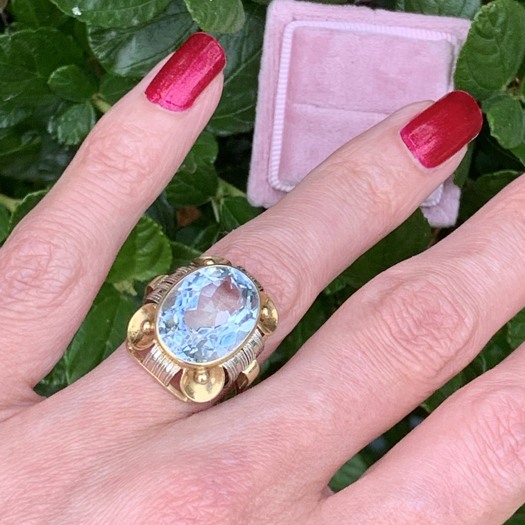 Vintage 9.00 Carat Aquamarine Cocktail Ring in 14K Yellow Gold