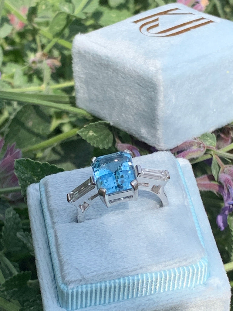 3.50 Carat Aquamarine and Diamond Art Deco Ring in Platinum