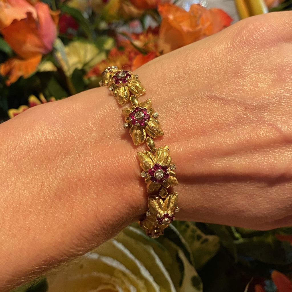 Ruby and Diamond Vintage Bracelet in 18K Yellow Gold
