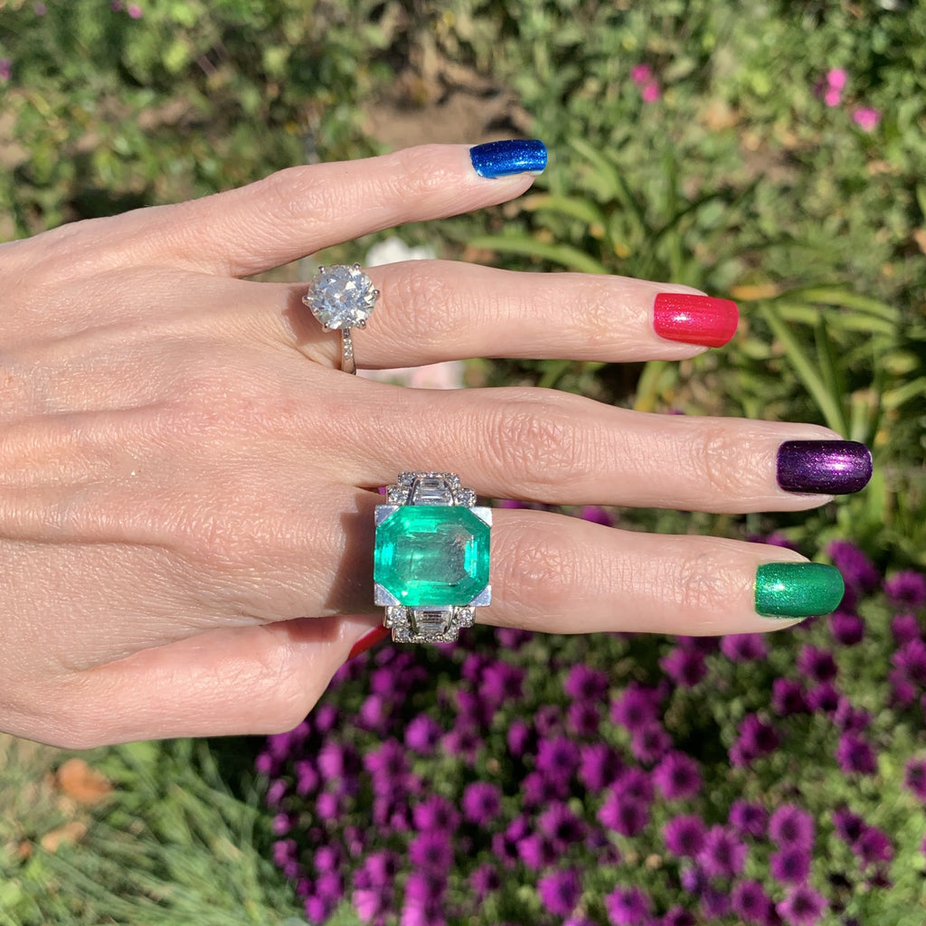 Extraordinary French Emerald and Diamond Ring