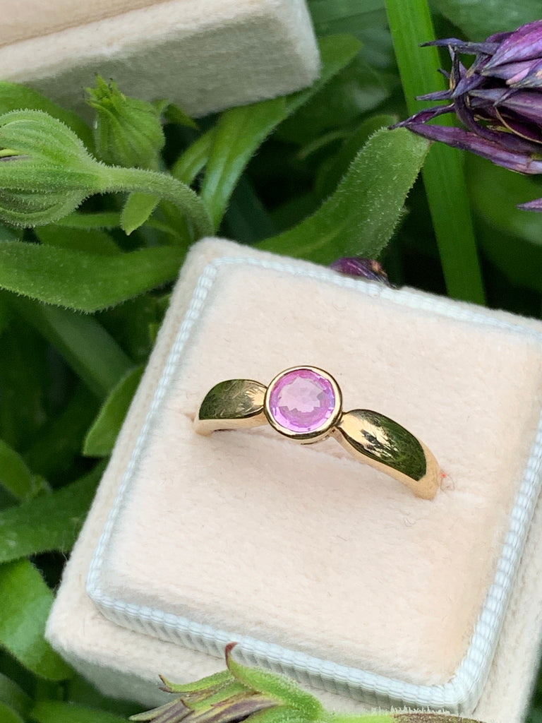 Stunning Pink Sapphire Ring