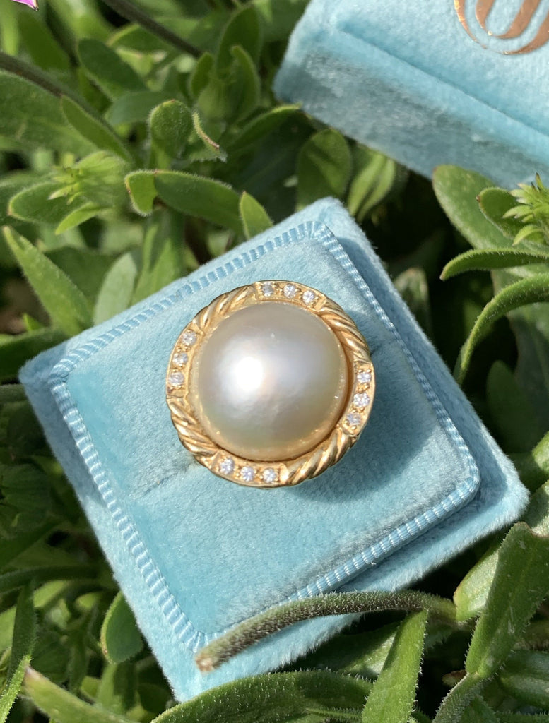 Mabe Pearl and Diamond Cocktail Ring in 18K Gold