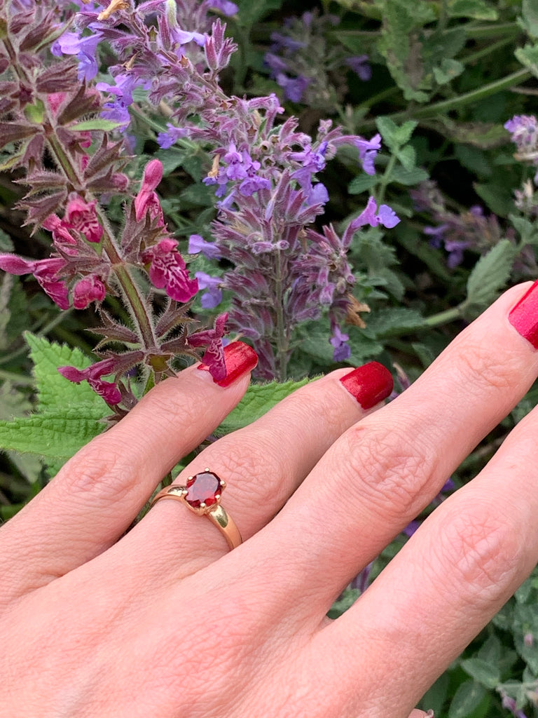 Gorgeous Garnet Solitaire Ring