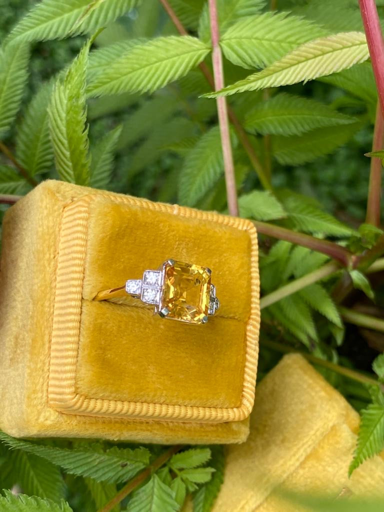 2.60 Carat Yellow Sapphire and Diamond Ring in 18K Yellow Gold and Platinum