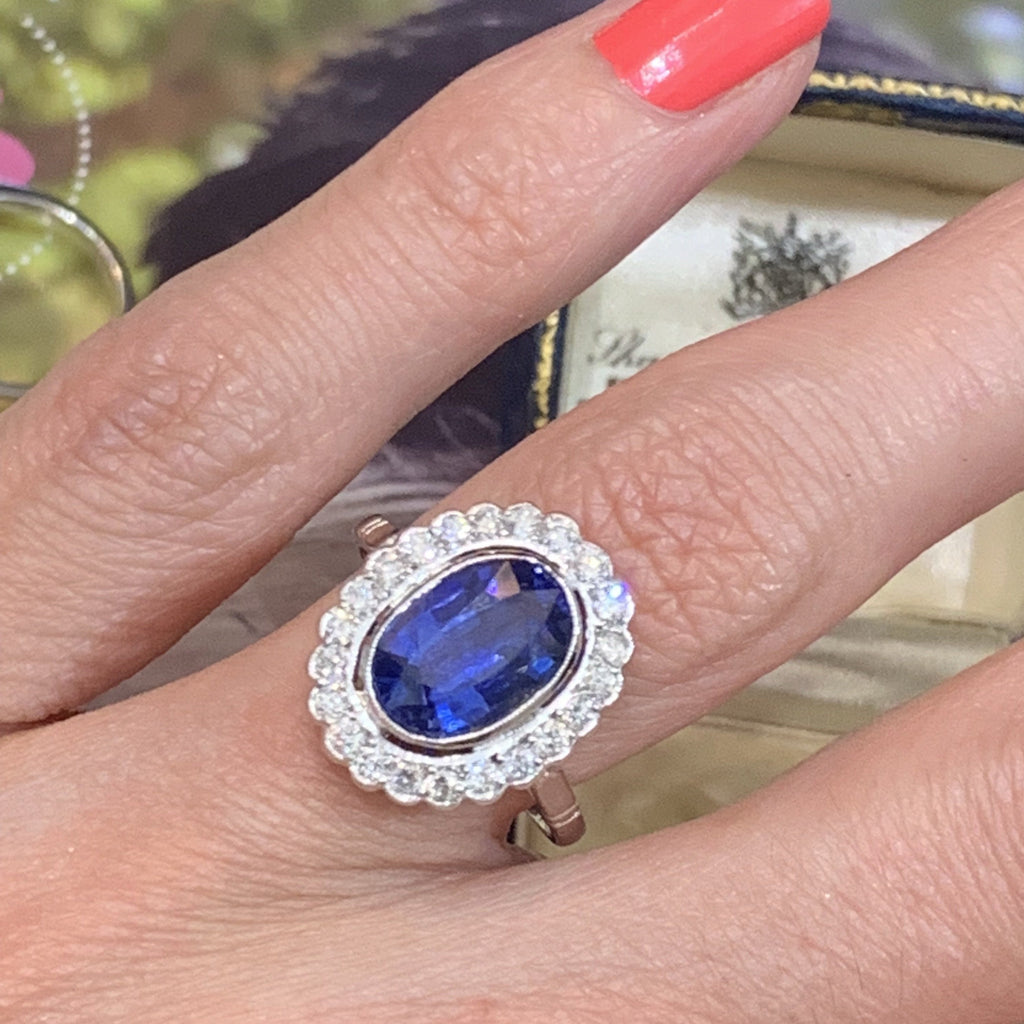 3.25 Carat Blue Ceylon Sapphire and Diamond Halo Ring in Platinum