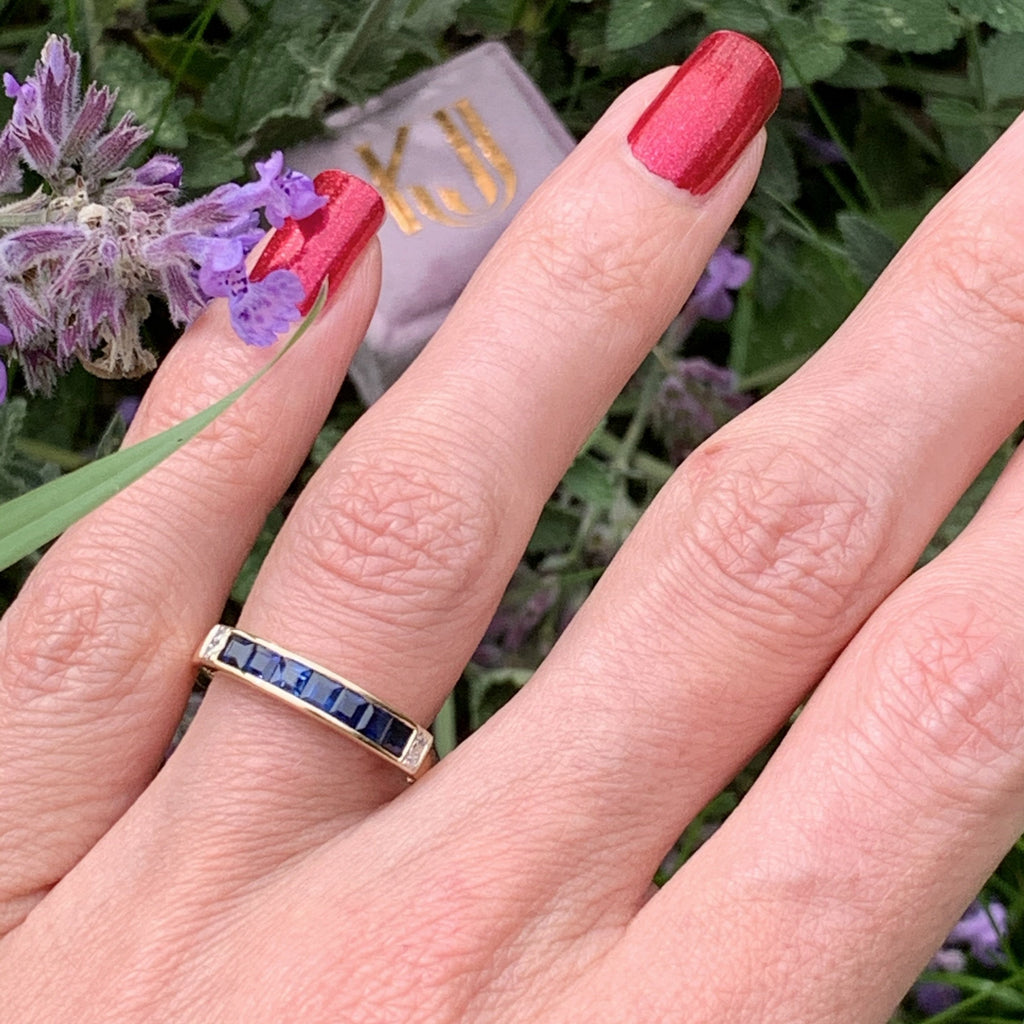 Blue Ceylon Sapphire and Diamond Band Ring in 18K Yellow Gold