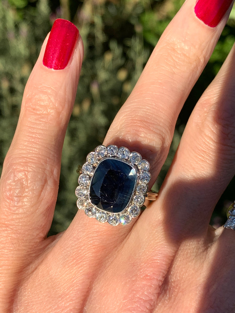 Antique 4.50 Carat Unheated Blue Sapphire and Diamond Ring in 18K Gold