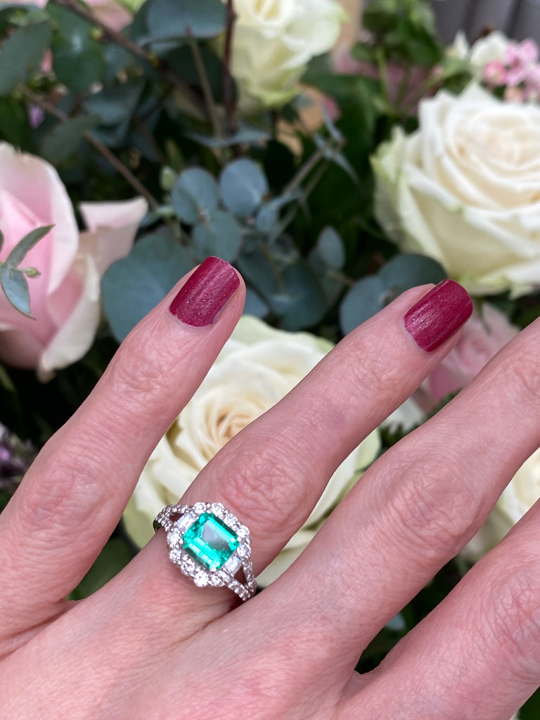 1.16 Carat GIA Colombian Emerald and Diamond Ring in Platinum