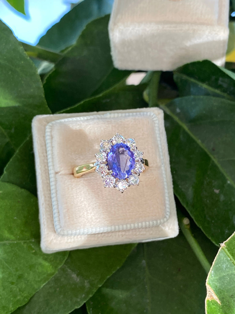 1.55 Carat Oval-Cut Tanzanite and Diamond Ring in 18ct Gold