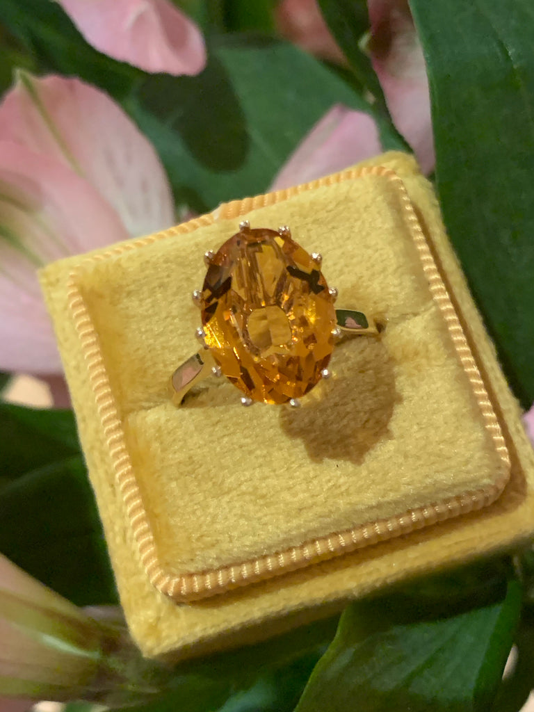 Oval Cut Citrine and Yellow Gold Ring