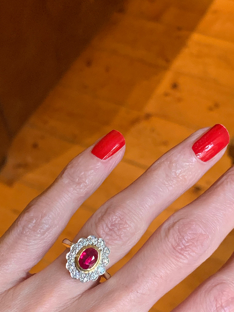 Stunning Ruby and Diamond Ring