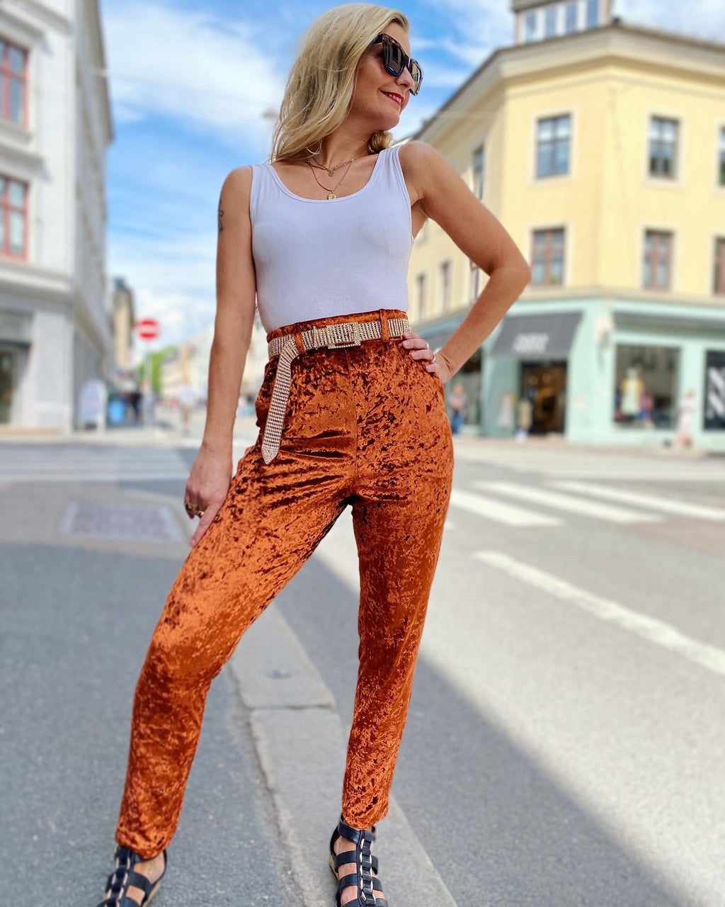 Frida Pants - crushed velvet burnt orange