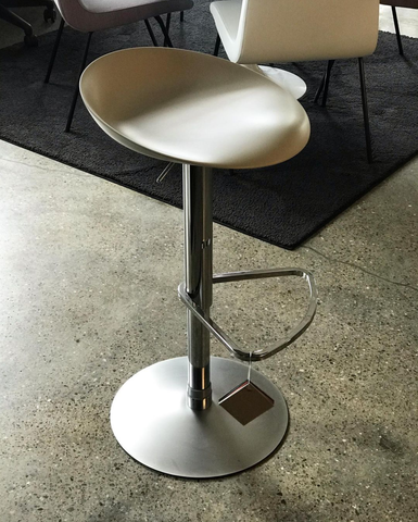 Berretto Adjustable Bar Stool by Ligne Roset