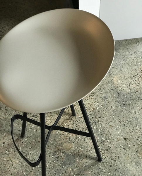 Berretto Counter Stool by Ligne Roset