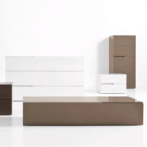 Segno Dressers and Night Tables