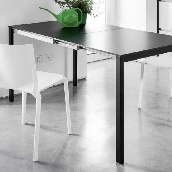 Be Easy Extendable Dining Table