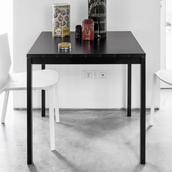 Easy Extendable Dining Table