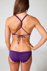Adjustable cross back, designed to prevent the straps from pulling on your neck