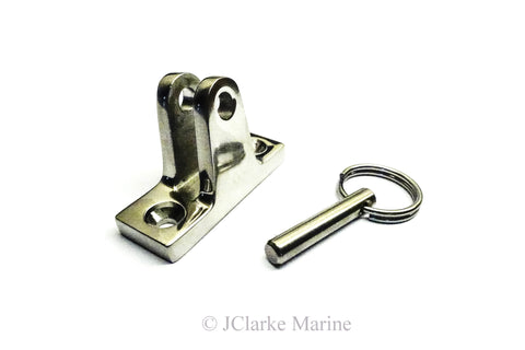 Heavy duty angled deck hinge with quick release ring