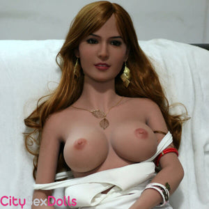 Naked boobs of Beauty Queen Sex Doll