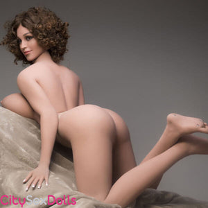 Sexy toned ass of Boobilicious Sex Doll with Curly Hairs