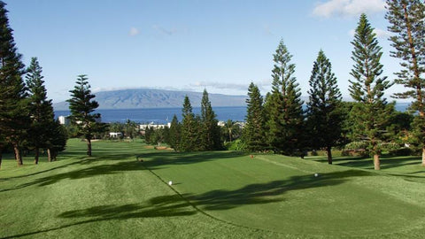 Kaanapali Royal 10th teebox with view of island of Lanai
