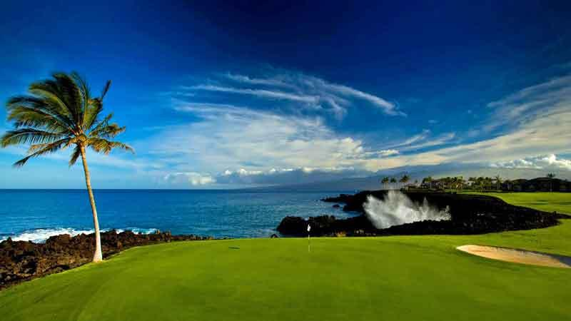 The beautiful 7th at Waikoloa Beach Golf Course