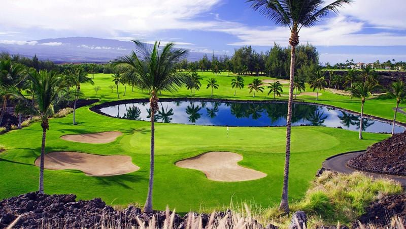 Waikoloa Beach Golf courses beautful 16th and 17th holes