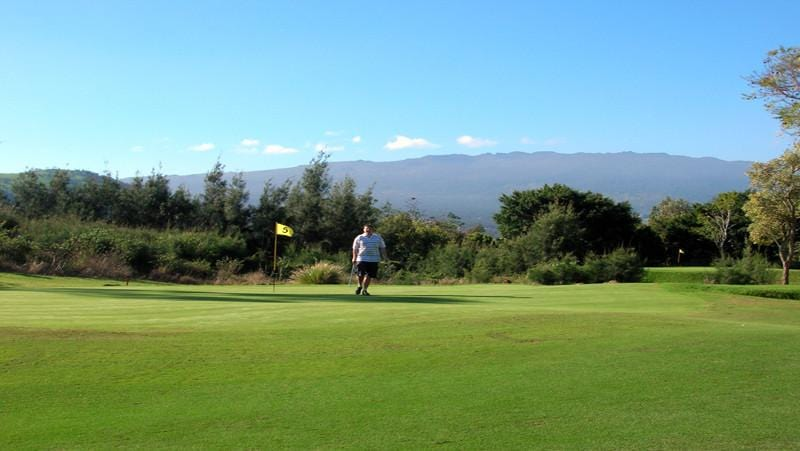 Makani Golf Club greens with Hawaii Tee Times staffer