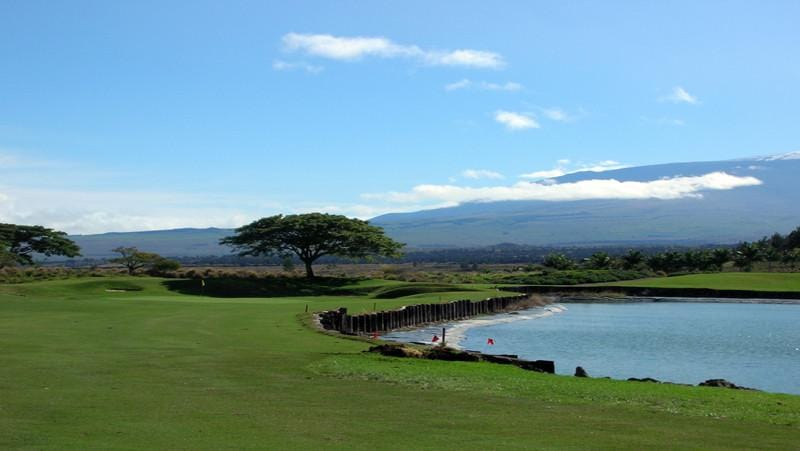 Makani Golf Club designed by Pete Dye
