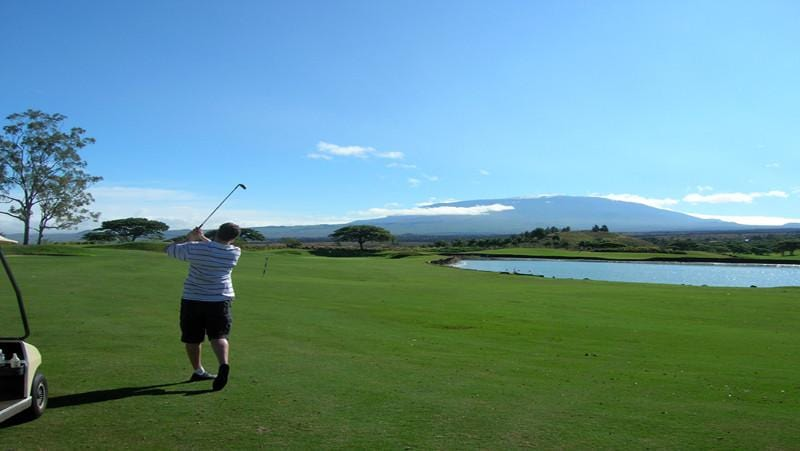 Big Island Country Club second shot over lake