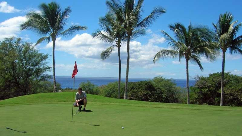 Putting out on the 3rd at Wailea Emerald in Maui