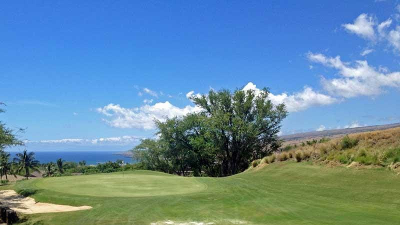 beautiful view of the 6th green at Hapuna Golf Course in Hawaii