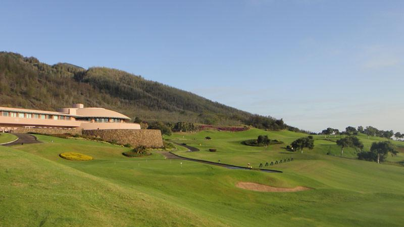 King Kamehameha Golf Course and clubhouse