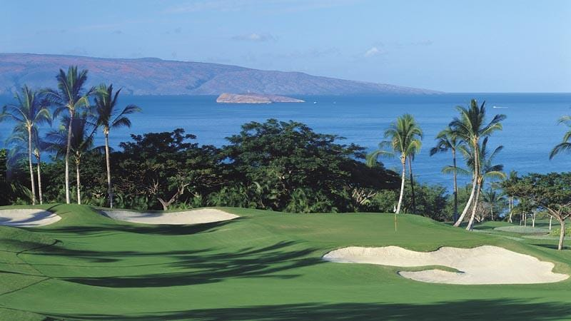 Wailea Emerald Fairway and green with views to Molokini